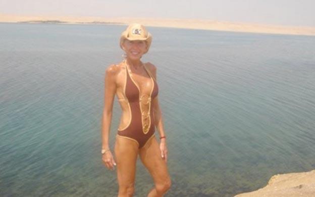 6701fb5341a7 Diario La Verdad - Laura Bozzo, con 64 años, posa en traje de baño