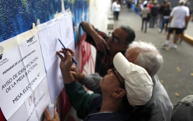 CNE elimina 65 centros de votación para las regionales