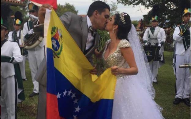 Actriz venezolana erika schwarzgruber hace un trioacute con su ex y su amiga parte 1 - 3 6