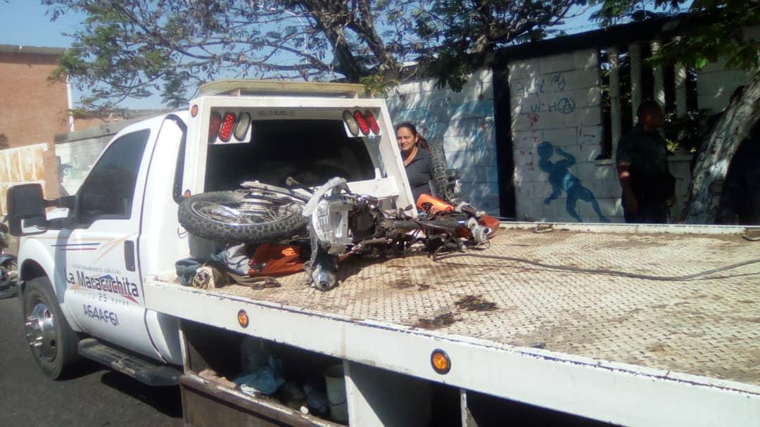 Motocicleta donde se trasladaban las víctimas